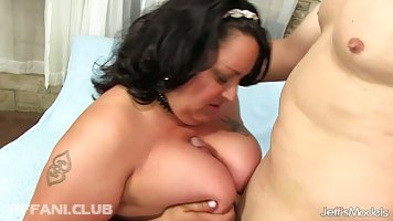 Fat brunette, Lacy Bangs gave a blowjob to her lover before he fucked her brains out